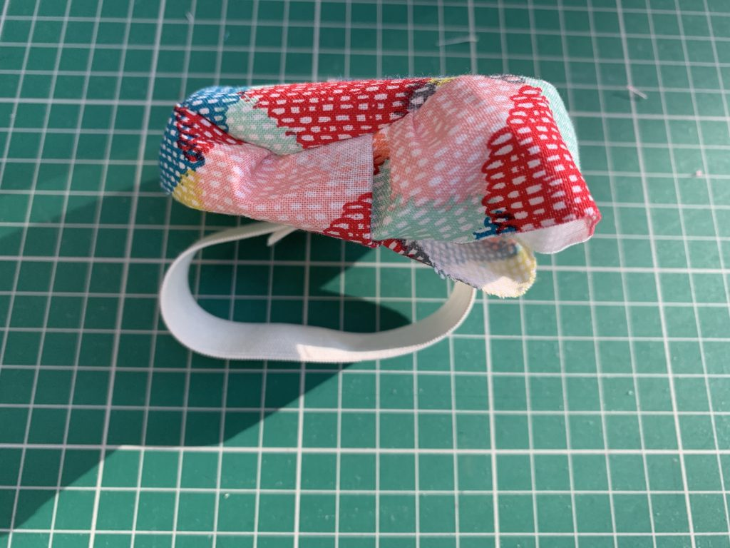 how to make a wrist pin cushion crafty sewing sew