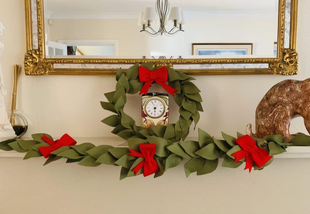 How To Make A Felt Christmas Wreath